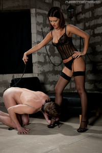 Russian-mistress-perfect-soles-q77gv2gnnj.jpg